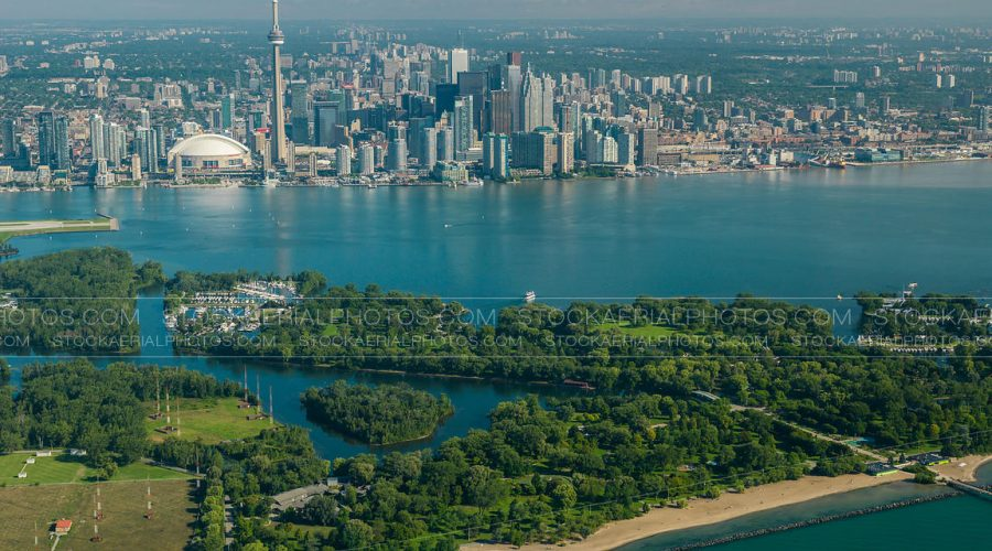 Harbourfront – a Stop for Travelers and Short Term Rentals in DownTown Toronto