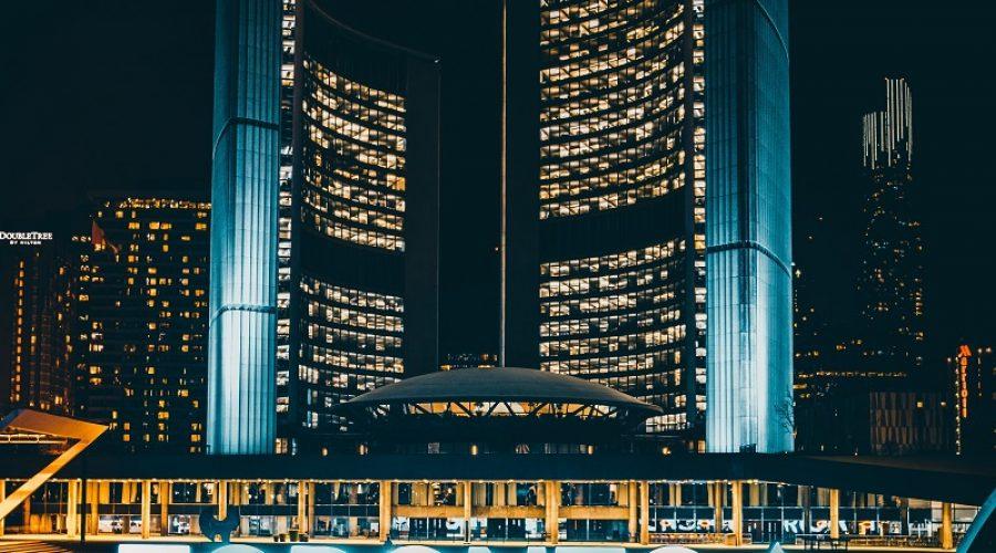 The Best 5 Neighborhoods to Stay in Toronto